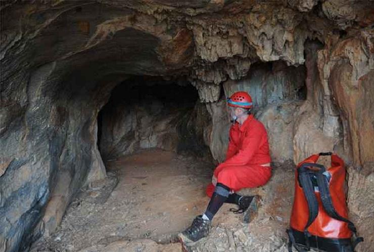 Gruta entre Baldim e Cordisburgo é tesouro natural desprotegido
