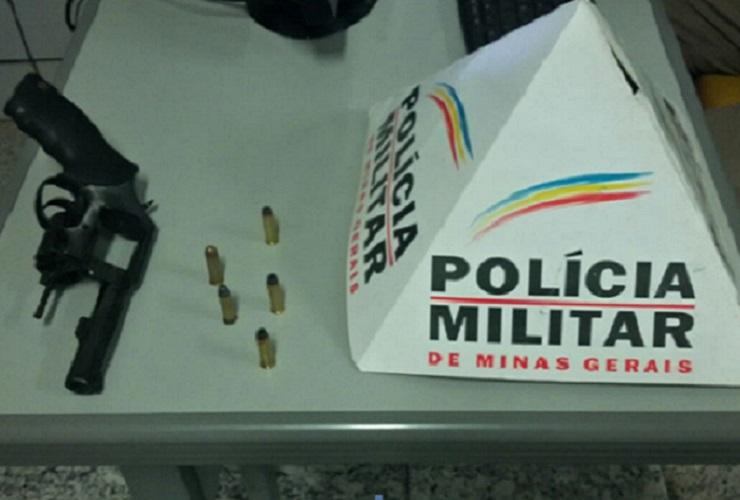 Câmera do Olho Vivo auxilia PM em apreensão de arma de fogo e prisão
