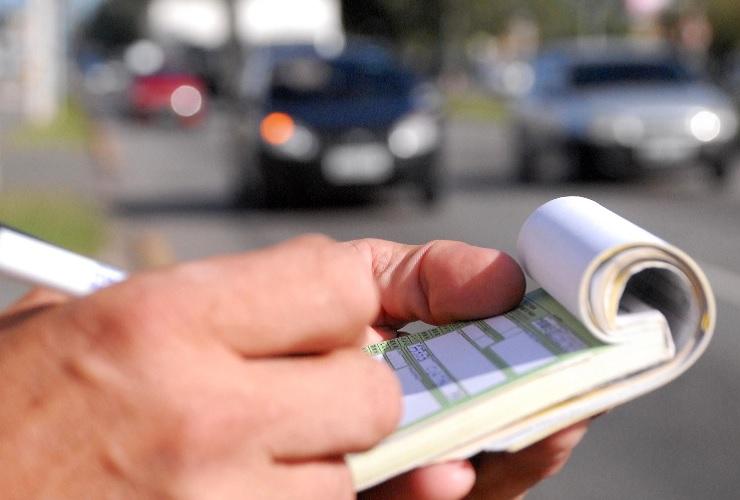 Secretaria de Trânsito e Transporte alerta para novos valores de multas