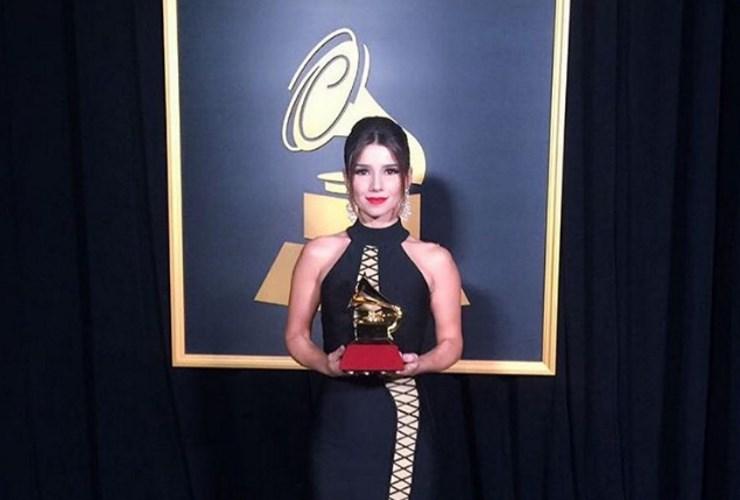 Paula Fernandes ganha Grammy Latino 2016