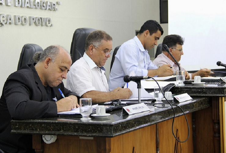 Vereadores que não se reelegeram terão direito a verba indenizatória em dezembro