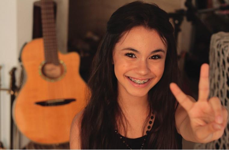 Laura D' Ávila, sete-lagoana no programa The Voice Kids