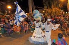 Escola de samba Dez pra Dez desfila nesse carnaval