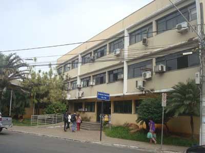 Prefeitura nomeia quase 60 servidores em cargos de confiança e exonera 14