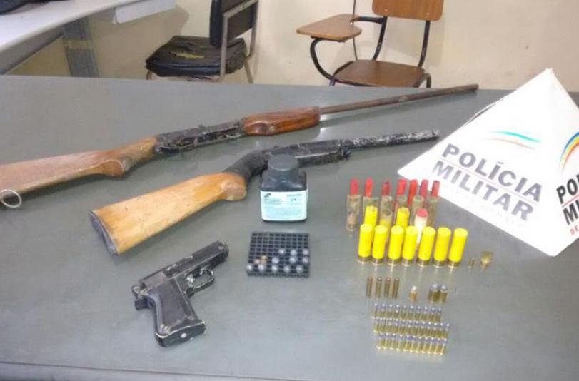 Homens são presos com munições e armas em Paraopeba
