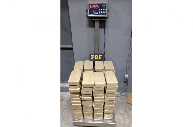 PRF prende traficante de Sete Lagoas com pasta base de cocaína avaliada em R$ 3 milhões
