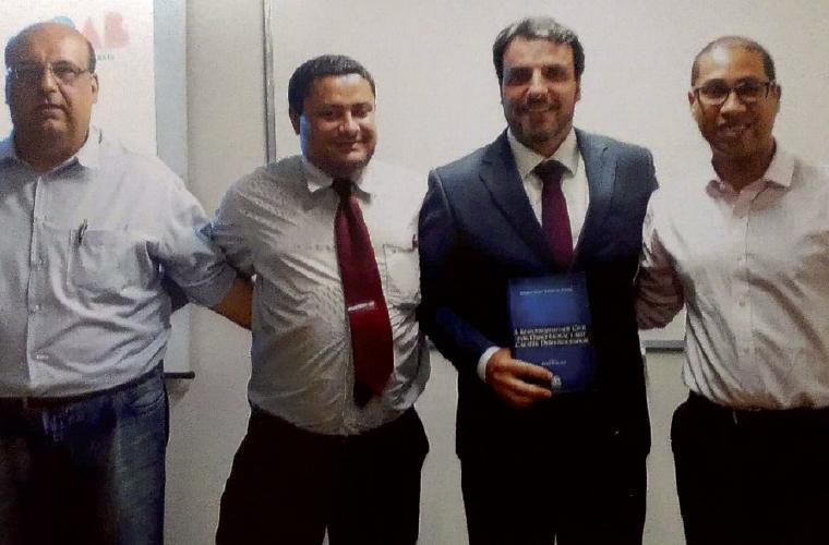 Os advogados sete-lagoanos Dr. Marcos Chamon, Dr. Darllan Freire, Professor Rodrigo Pereira e Dr. Ruon Rocha durante o Ciclo de Palestras do Direito Civil na Atualidade, realizado em outubro na Escola Superior de Advocacia (ESA), em Belo Horizonte.