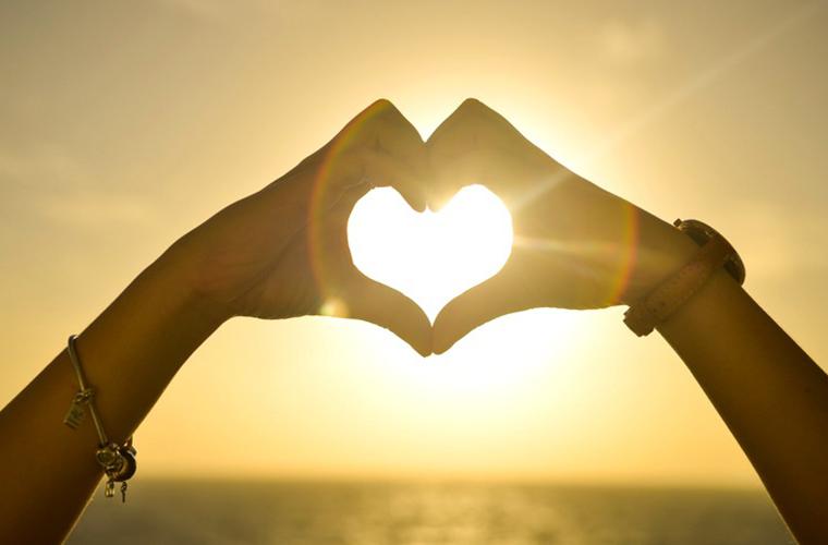 Ana Lúcia Silva: Como o adolescente enxerga o amor?