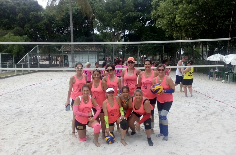 """Time de vôlei """"autossustentável"""" de Sete Lagoas é vice-campeão em torneio nacional"""