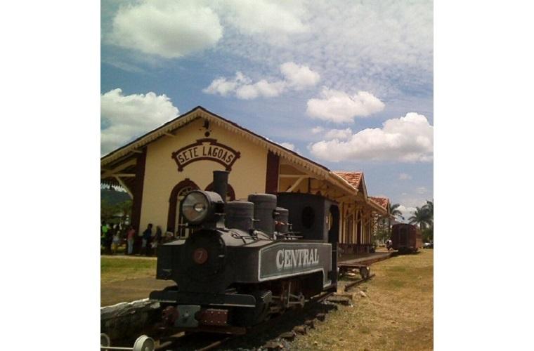 Museu do Ferroviário, a marca de trilhos,  caminhos e destinos