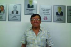 Democrata elege José Pedro Chamon como novo presidente interino