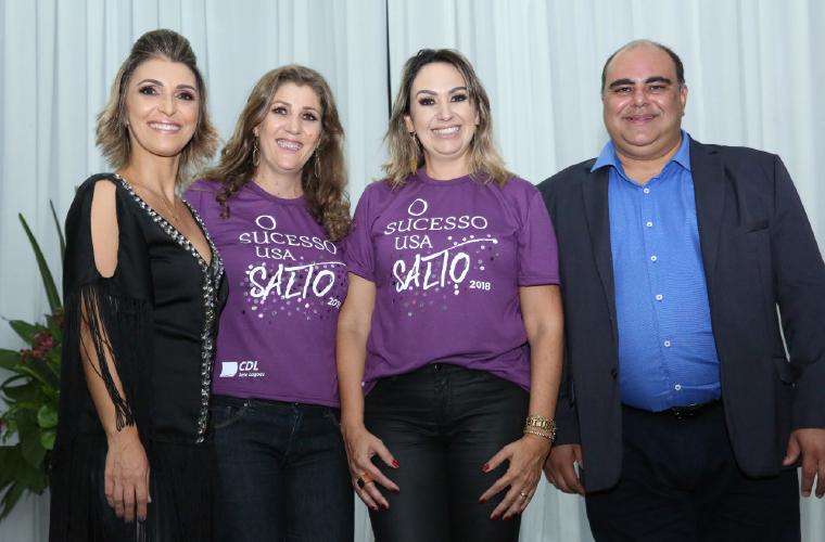 Cláudia Micheline, mestre de Cerimônia, Flávia Fernandes (CDL), Vanessa Miranda (CDL) e o presidente da CDL Geraldir Alves