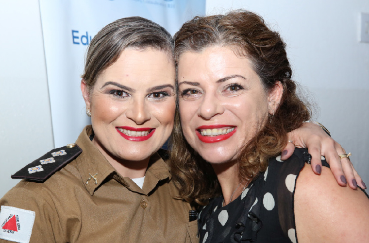 Capitã PM Danúbia Lopes e a empresária Simone Rocha