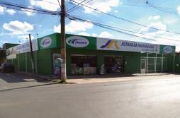 Jotakasa destina uma de suas três lojas para ser especialista em material hidráulico