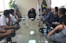 Cláudio Caramelo recebe imprensa em primeira coletiva como prefeito