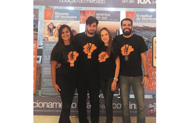 Juliana Moreira, Bruno Costa, Lidiane Oliveira e Felipe  Pacheco da Agência Belvitur Shopping Sete Lagoas