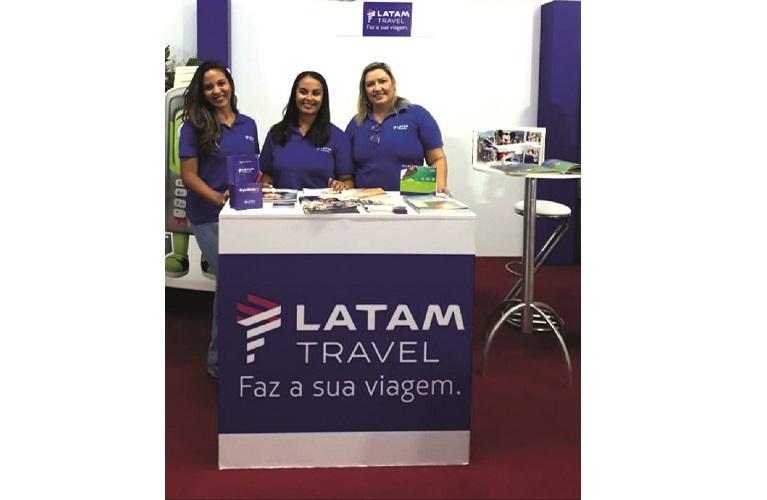 Da esq. pra dir.  Luana Loura, Lucimara Mariano, Solange Pontes,  da Agência Latam Travel Sete Lagoas