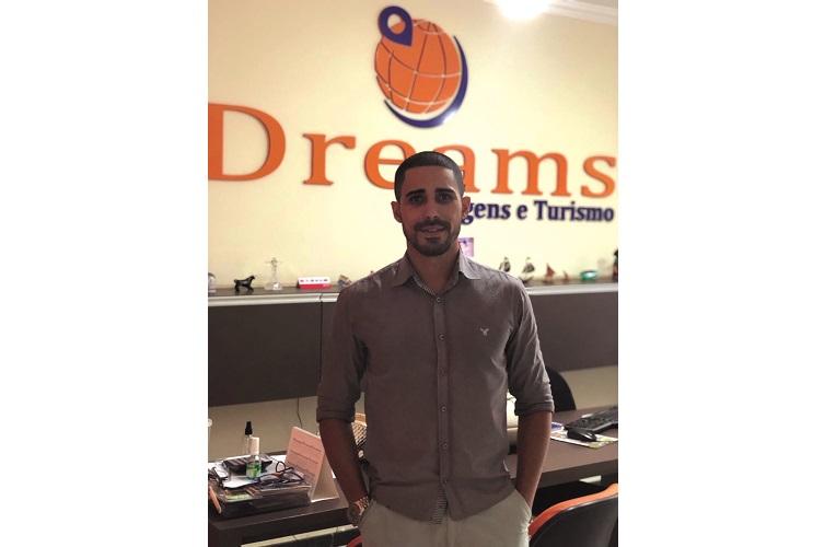 Rafael Oliveira da Agência Dreams Viagens e Turismo