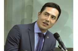 Projeto de Lei do deputado Douglas Melo quer proibir contratação de empréstimos por telefone