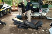 PRF do Mato Grosso desmonta carro de Sete Lagoas e encontra skunk e maconha