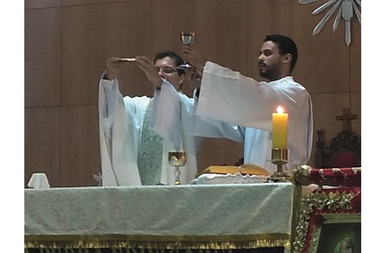 Celebração eucarística no Início da novena de São Pedro