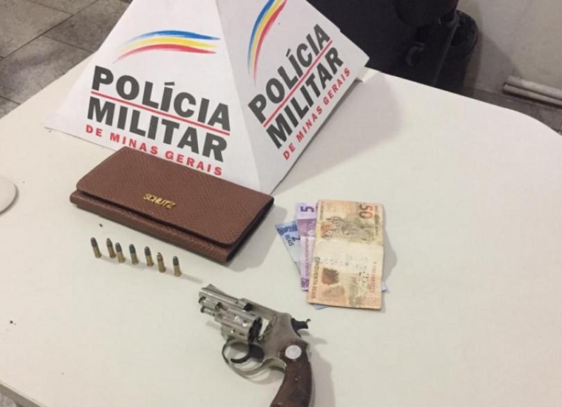 Polícia Militar prende responsáveis por roubo de caminhonete Strada
