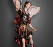 Estátua de São Miguel Arcanjo é furtada da igreja de Santana em Sete Lagoas
