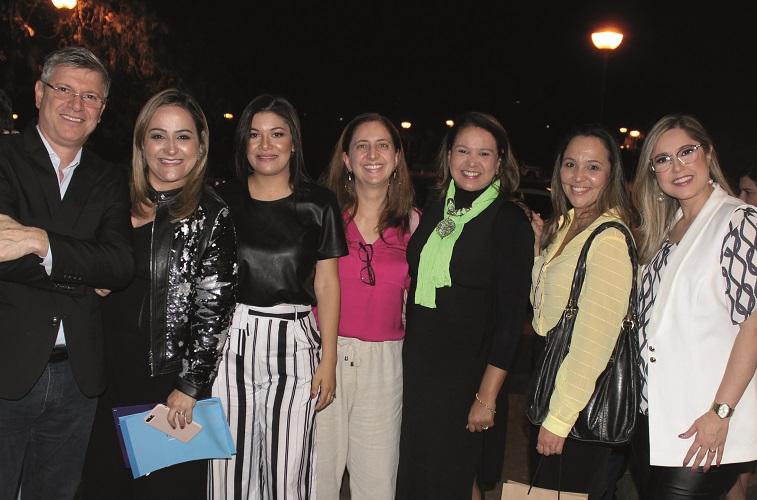 Claudinei Franzini (diretor de Expansão da Rede Batista), Fernanda Verdolin, Camila Souza, Carolina Padrão, Valéria Reis e Danielle Rossi