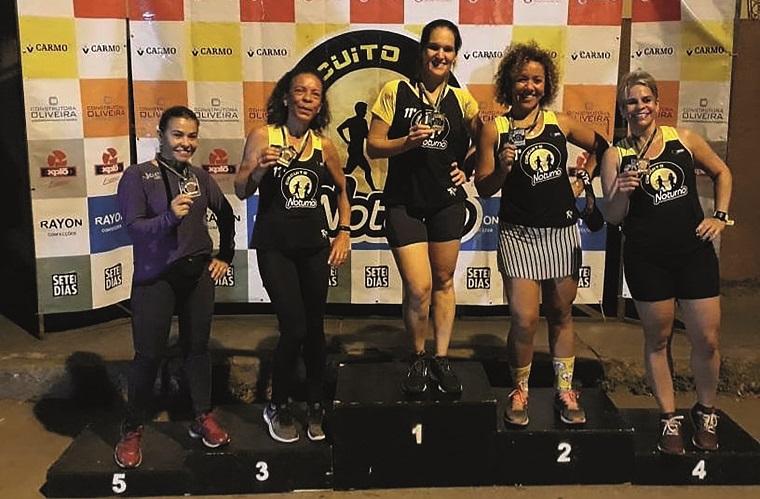 Pódio feminino Speed-Uai.  Josyane Cabral vence após 3 etapas.