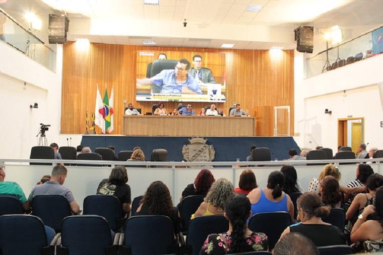 Servidores, vereadores e Executivo discutem Substitutivo da Reforma Administrativa