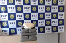 PRF apreende 10kg de cocaína escondida em carro em Sete Lagoas