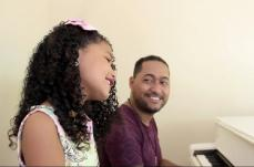 Mariana Silva é a mais nova  cantora mirim de Sete Lagoas