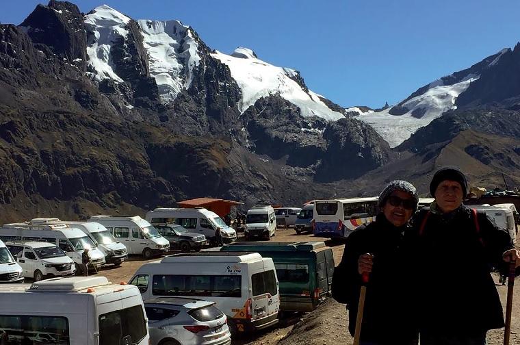 Casal faz aventura de 9.600 km de Sete Lagoas ao Peru, de carro