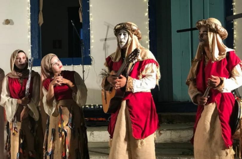 Grupo Carroça Teatral abre temporada natalina em Jequitibá