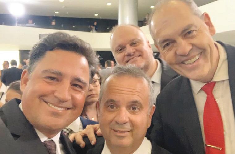 Com o presidente Jair Bolsonaro, ASCON7 participa de posse no Palácio do Planalto