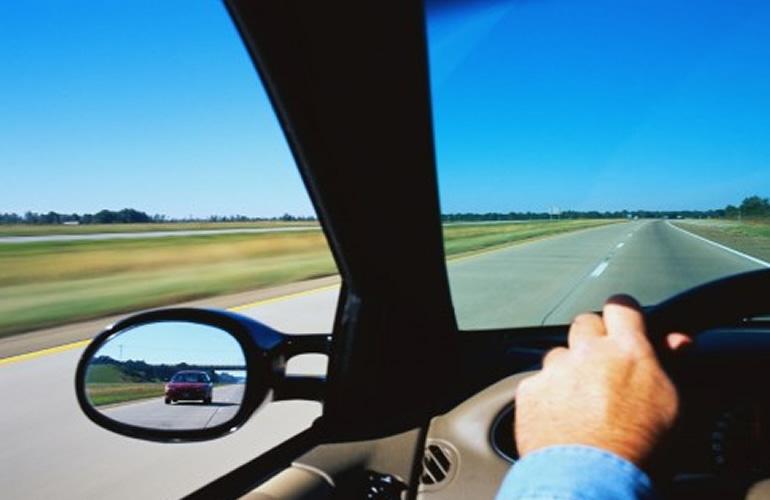 Dicas para o motorista ter uma viagem de férias tranquila e segura