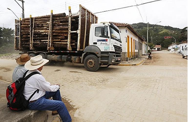Ferrovia partindo de Sete Lagoas vai tirar 100 caminhões por dia das estradas