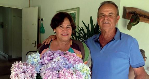 Um dos casais mais queridos de Sete Lagoas e boa parte da região, Zulma e Januário Fraga, mais conhecidos como Dona Zulminha e Seu Janu, completaram 50 anos de casados em dezembro de 2018. Filhos, netos, familiares e amigos participaram de missa celebrada