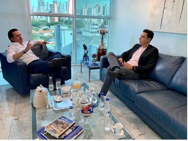 O presidente do Cruzeiro, Sergio Rodrigues, e o deputado Douglas Melo
