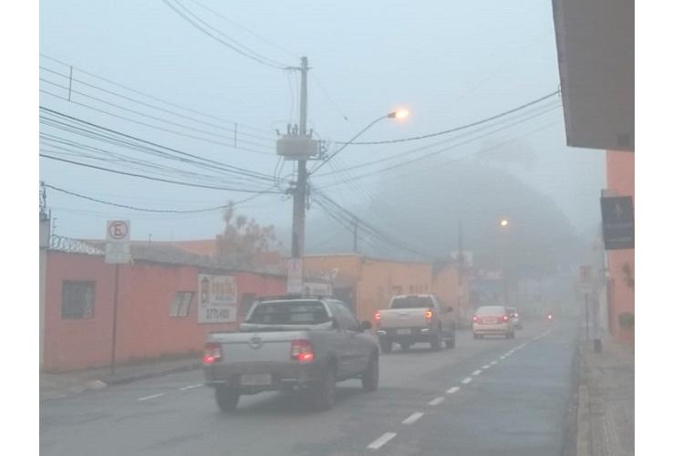 Élida Gontijo - Neblina