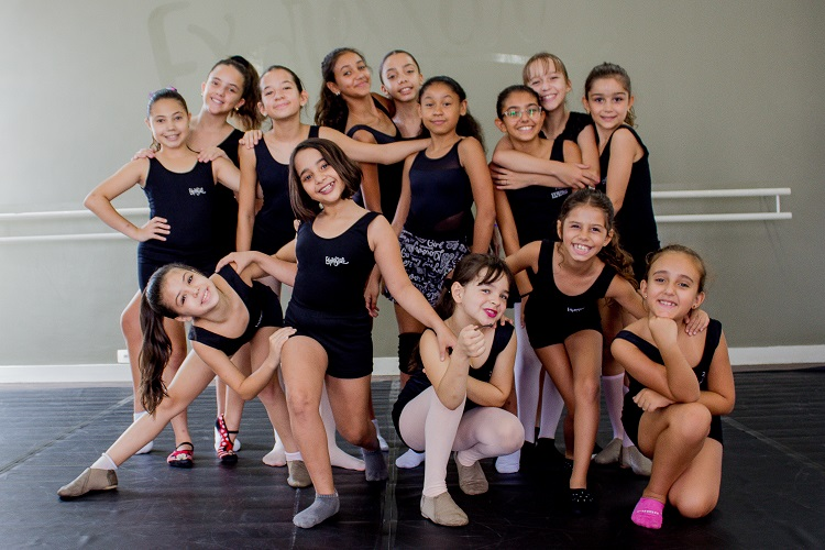 Bailarinas do Expressar iriam se apresentar no dia 29 de março no Faustão