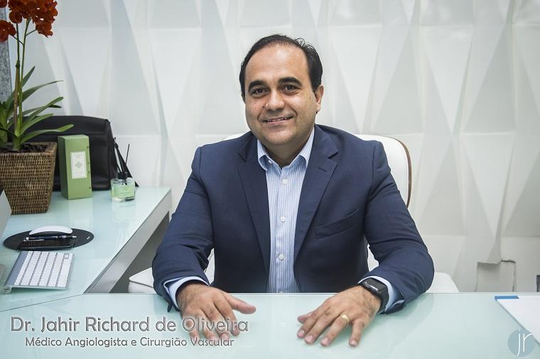 Coluna Dr. Jahir Richard - O que é úlcera de pernas ?
