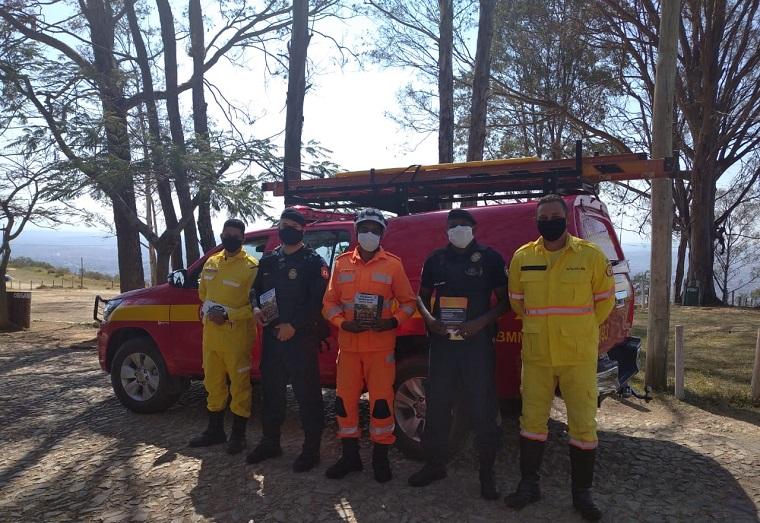 Corpo de Bombeiros realiza trabalho de conscientização na Serra Santa Helena