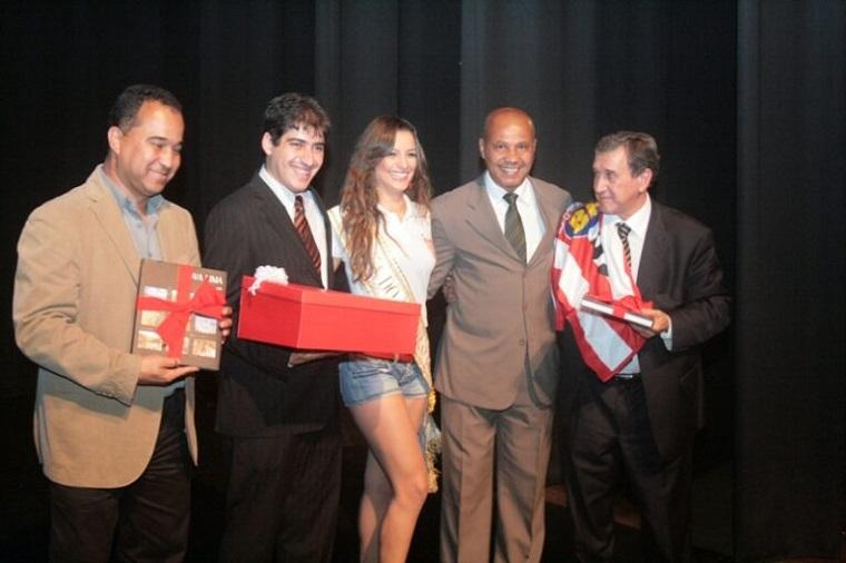 Parabéns Luizinho, um dos melhores zagueiros da história, 62 anos, hoje!